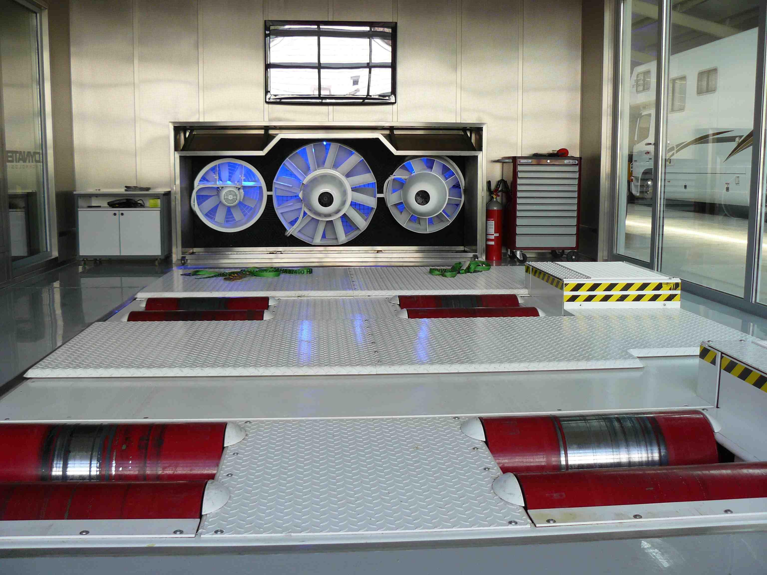 Galerie photos des bancs de puissance kitpower blog kit power - Banc de puissance voiture ...