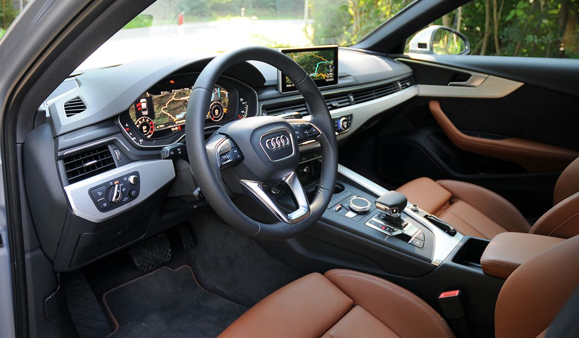 interieur AUDI A4 et boitier additionnel Kitpower